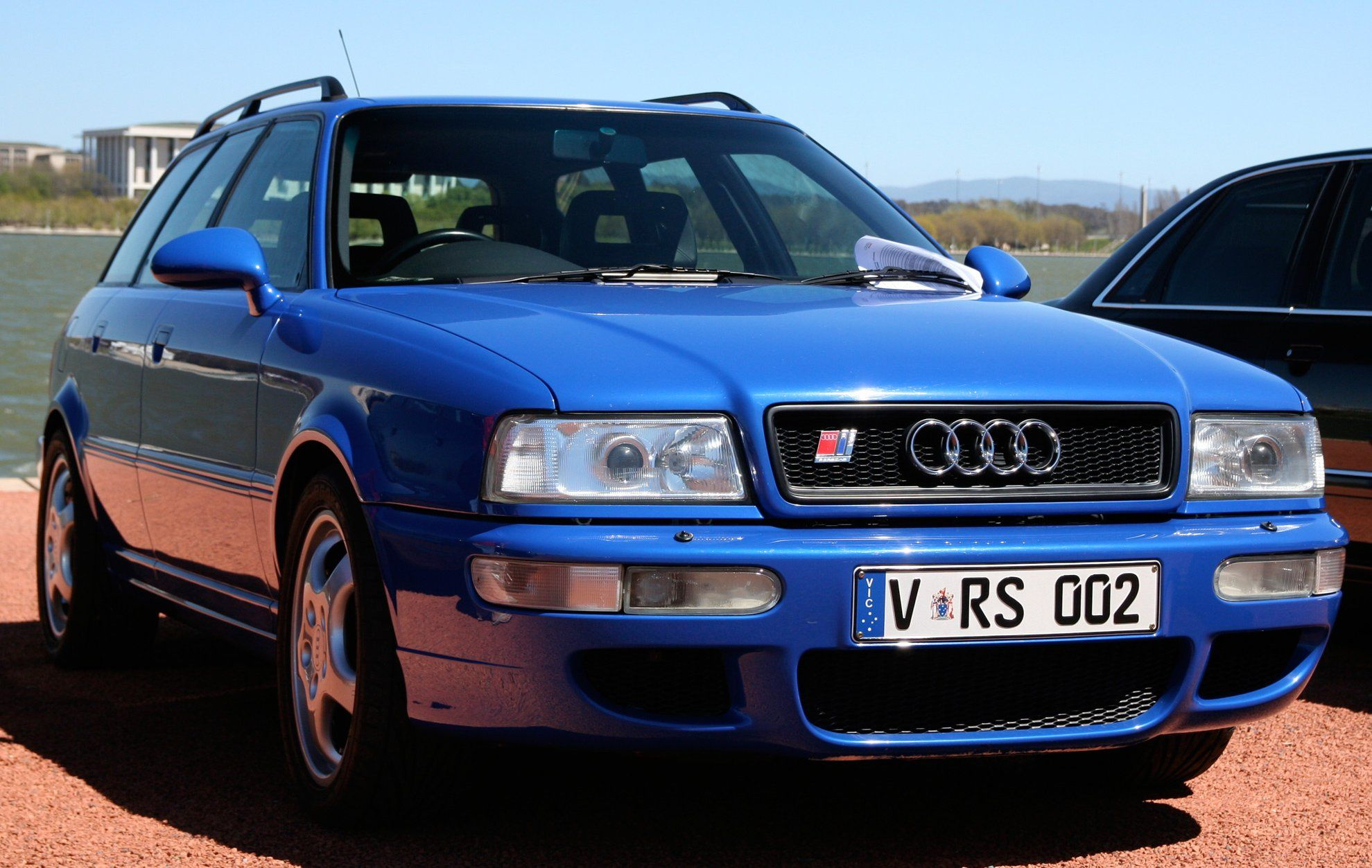 audi avant rs2 voiture bleue pinterest vehicle and cars. Black Bedroom Furniture Sets. Home Design Ideas