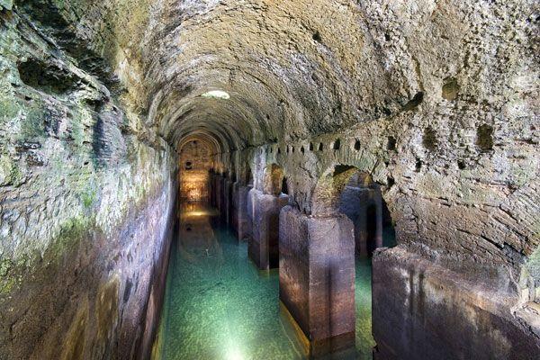 Piscina Mirabilis Naples Pompei, Roma e Dipinti