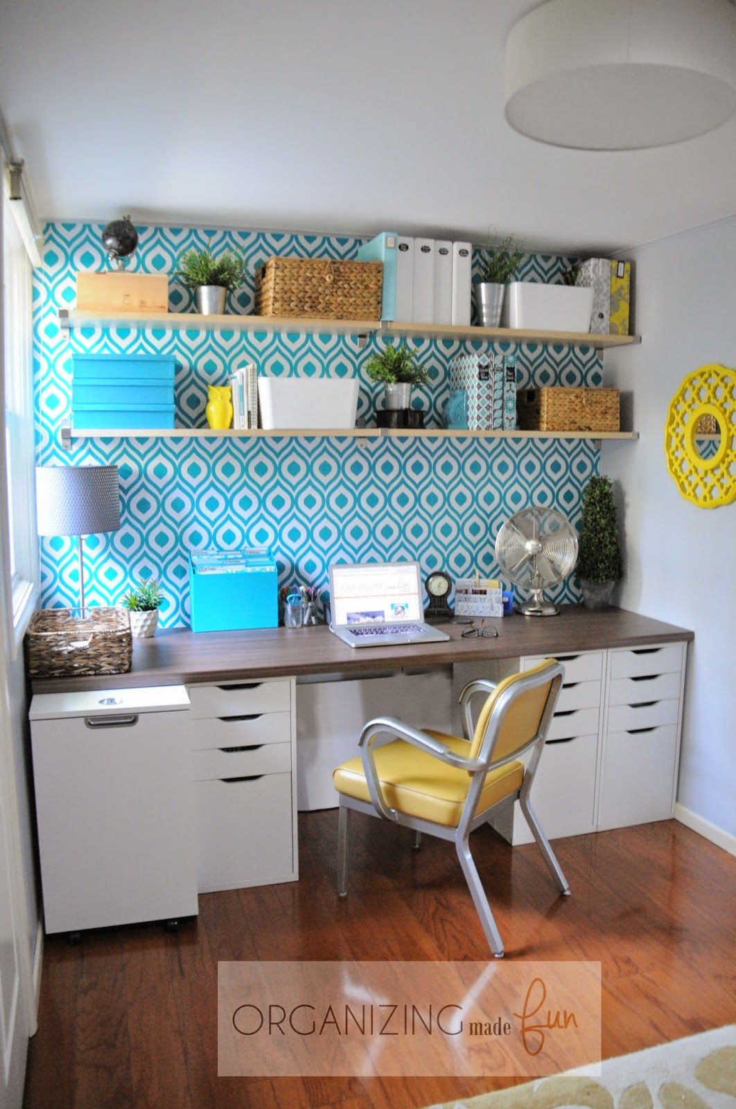 Fabulous Home Office that's light and bright with open shelving :: OrganizingMadeFun.com