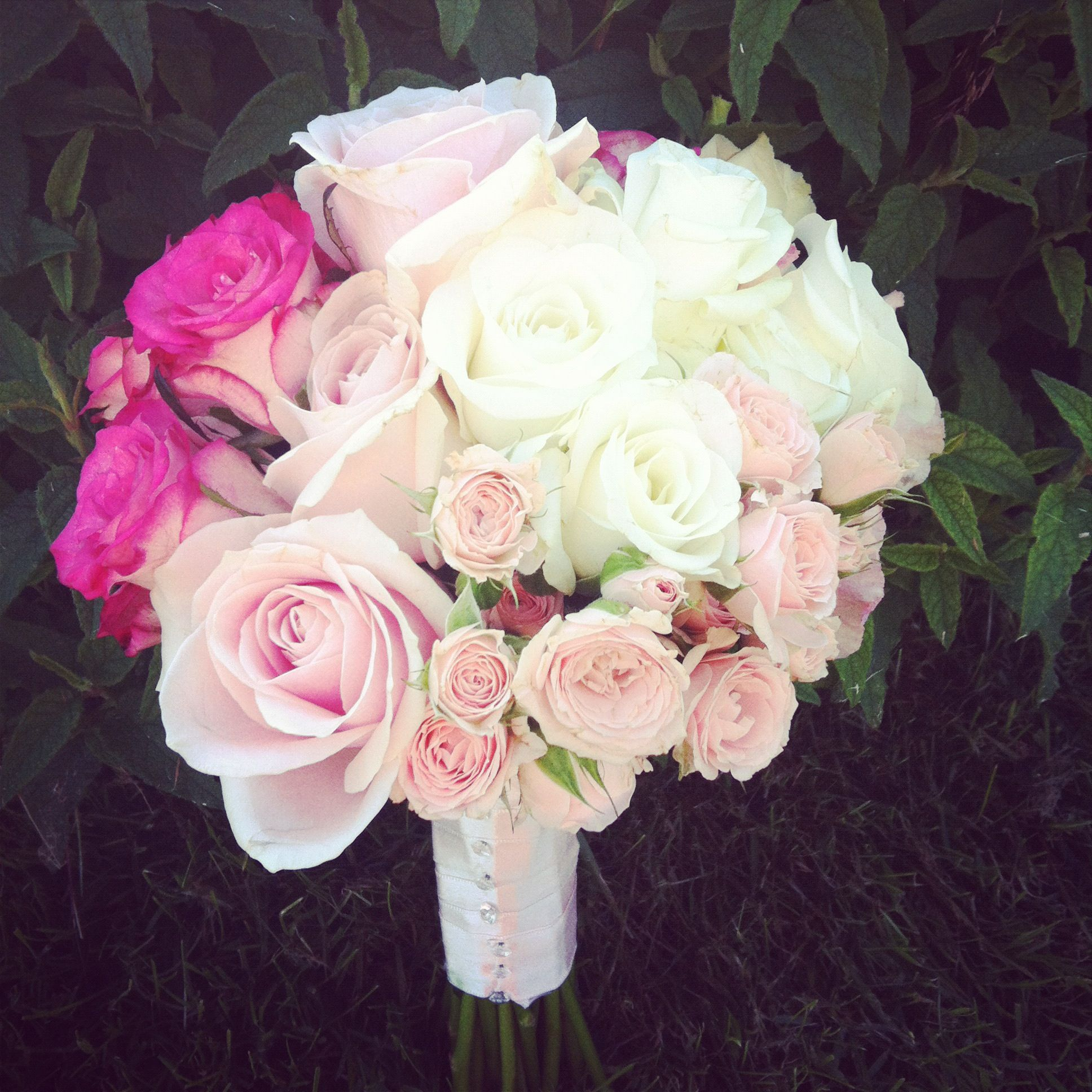 Pretty Bouquet In Shades Of Pink Hoa Ci Pinterest Event