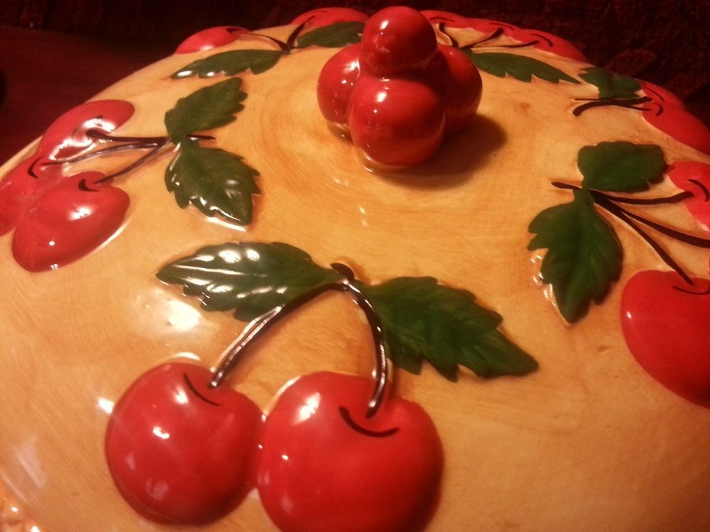 Ceramic Cherry Pie Covered Dish Holder Plate with Lid & Ceramic Cherry Pie Covered Dish Holder Plate with Lid | Pie\u0027s the ...