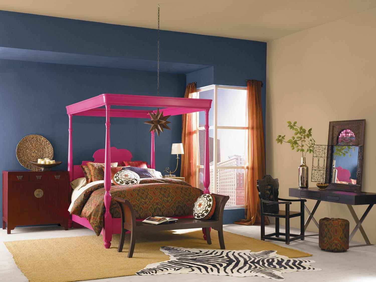 This pink queen bed frame add glamour to the bedroom. The