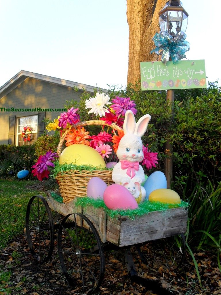 A Springy Easter Yard Easter Porch Decor Diy Easter