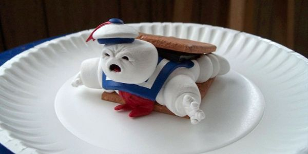 Ghostbuster S Stay Puft Marshmallow Man Gets The Mores Treatment Puff