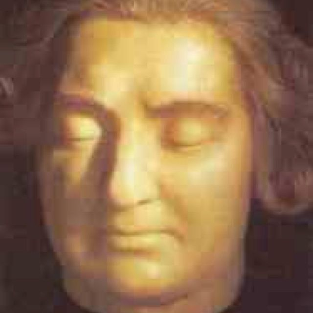 Louis XVI Death Mask | Via Christine Wright
