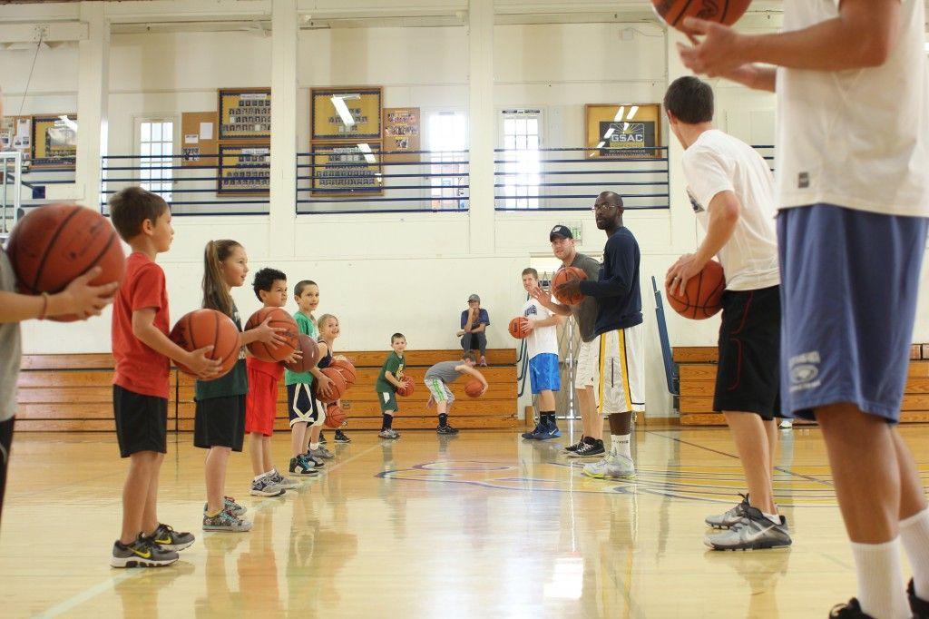 Vanguard basketball teams host a youth basketball camp
