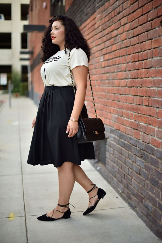 680fb47ac25 Curvy petite outfit inspiration. Not plus but not thin