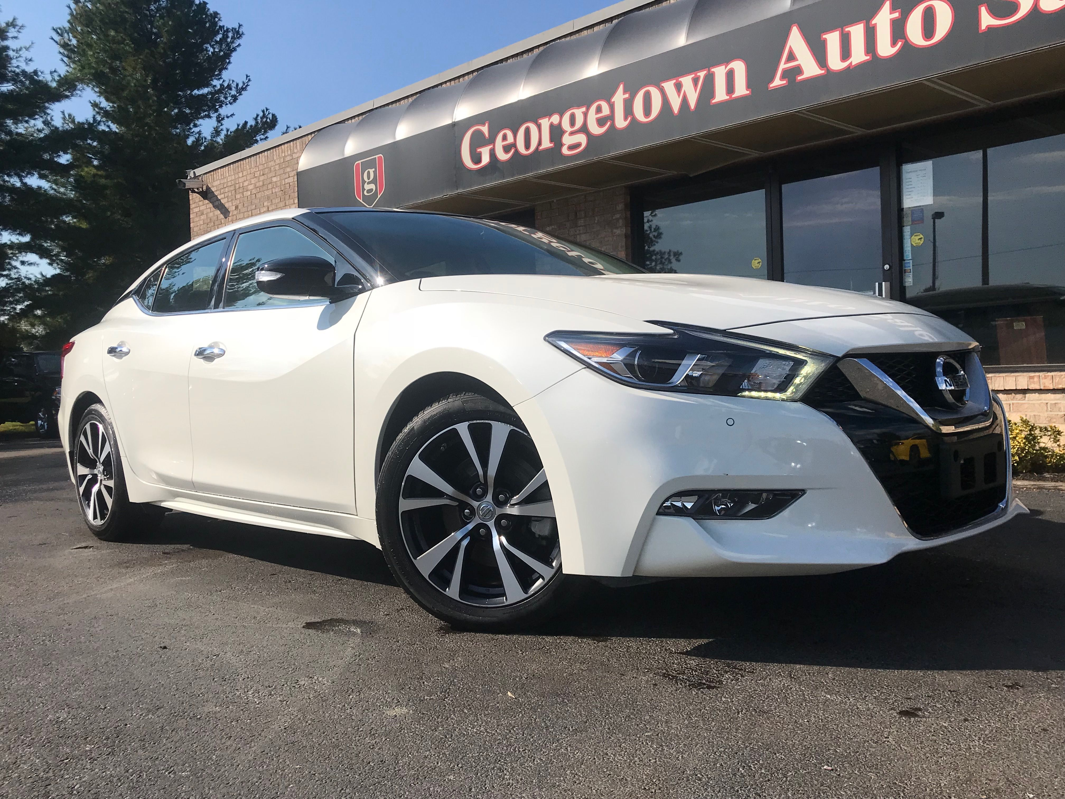 2016 Nissan Maxima Sl Loaded With Navigation And Panoramic Sunroof Car Dealership Nissan Maxima Used Cars