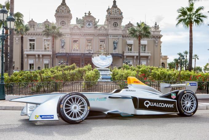 FIA Formula E anuncia alianza en pro del medio ambiente  #AutoBildMexico http://autobild.com.mx/motorsport/formula-e-alianza/