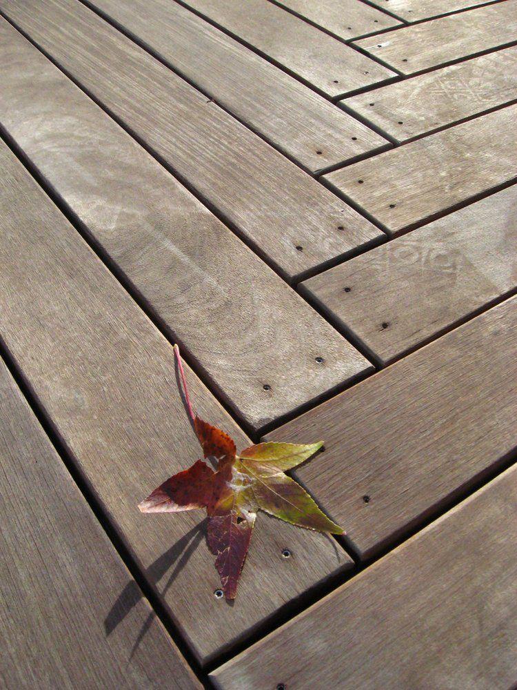 Ipe\' deck, herringbone at corner | pergolas & decks ...