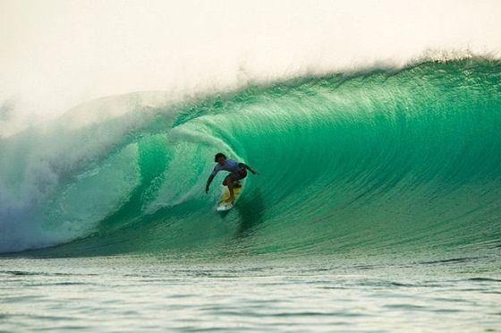 Surfing In Bali The Best Surf Spots Near Seminyak Best Surfing Spots Surfing Destinations Surfing