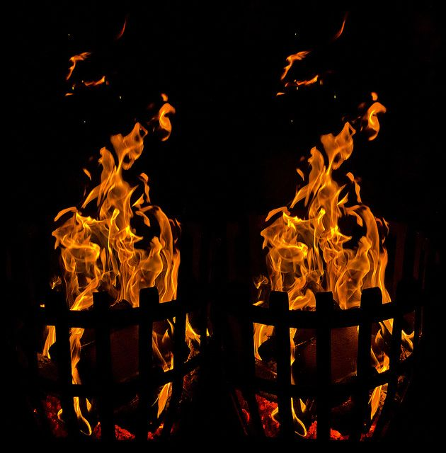 Bonfire Stereoscopic Cross Eye 3d Magic Eye Pictures Cool Optical Illusions Stereoscopic