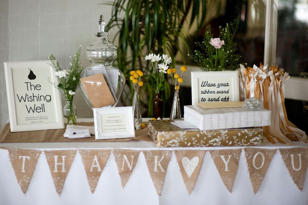 Wedding Gift Table Decorations Sign And Ideas Vintage Oregon Wedding