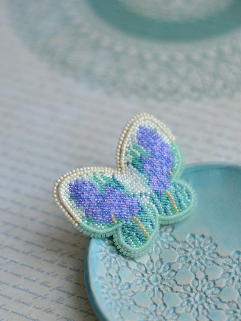 brooch blue bead pin handmade floral jewelry embroidery beaded butterfly