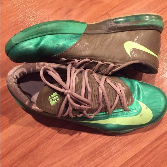KD 6 bamboo size 10.5 used