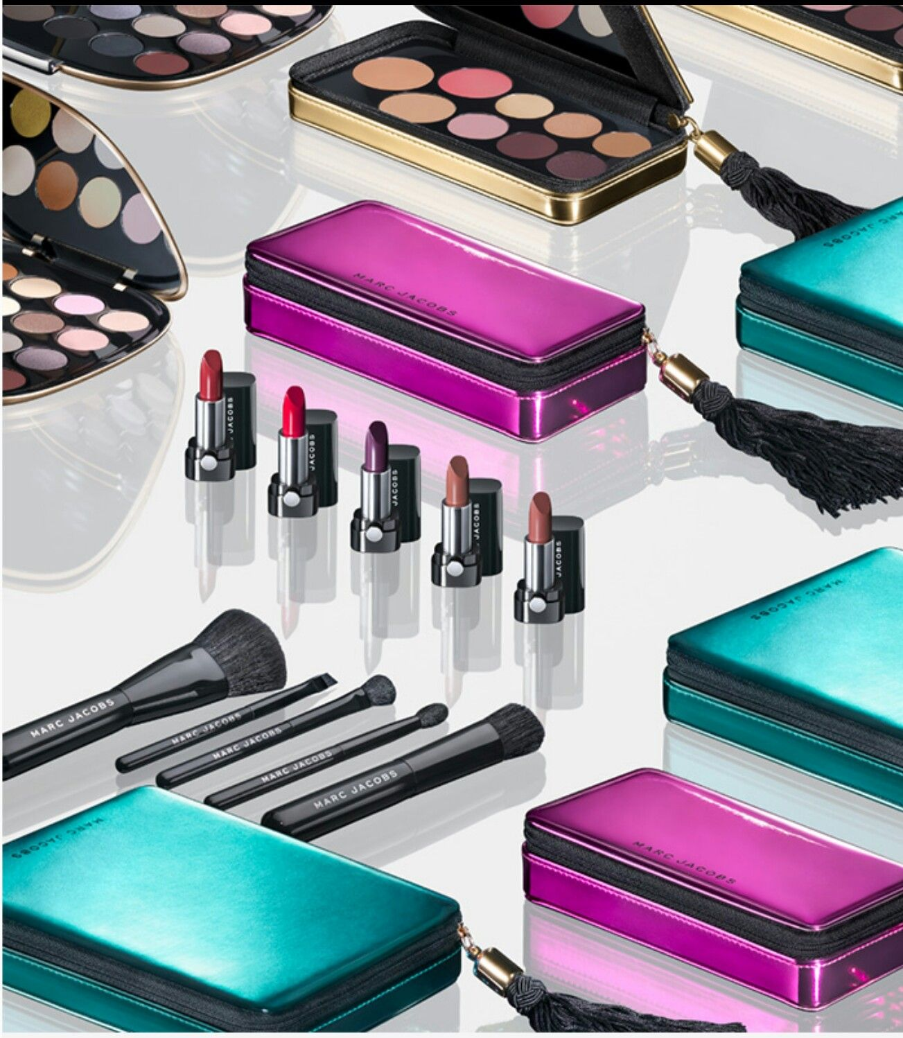 Marc Jacobs Beauty Holiday 2017 Collection | Decadent