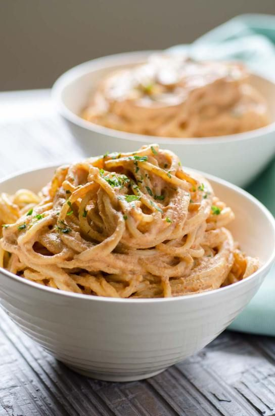 I am obsessed with this creamy chipotle pasta. The sauce ...