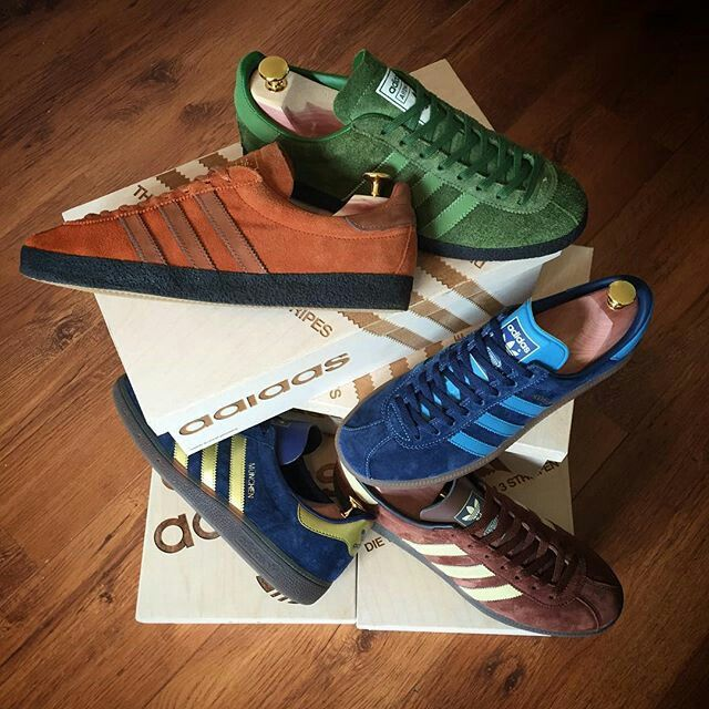 sneakers for cheap e9fe6 05c64 Cracking photo of adidas Topangas Inc Ardwick, Hochelaga and Munchens