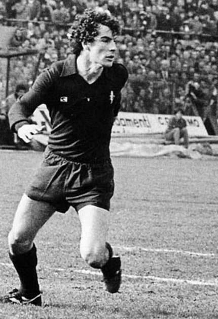 Luigi Danova è stato un difensore di grande rendimento, titolare in tutte le 9 stagioni giocate con il Toro.
