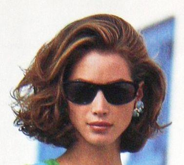 Christy Turlington, 1990 Coiffure, Coiffure mariage et