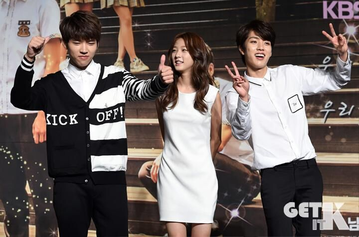 [NEWS PIC] 140707 KBS High School: Love On Press Conference by getitk - #인피니트 Woohyun, Sungyeol and Saeron pic.twitter.com/lzNtPgqHAg