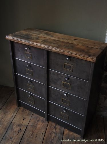 ancien meuble 8 casiers industriel strafor plateau chene. Black Bedroom Furniture Sets. Home Design Ideas