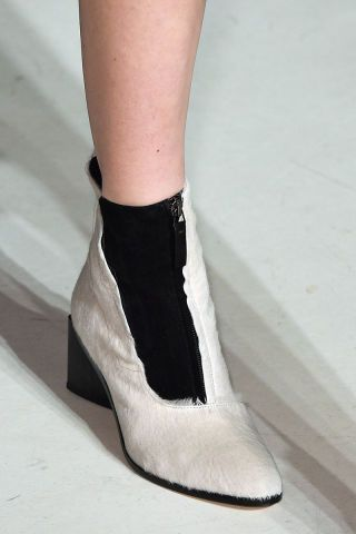 All the best shoes, bags and jewelry spotted on the runway at New York Fashion Week: