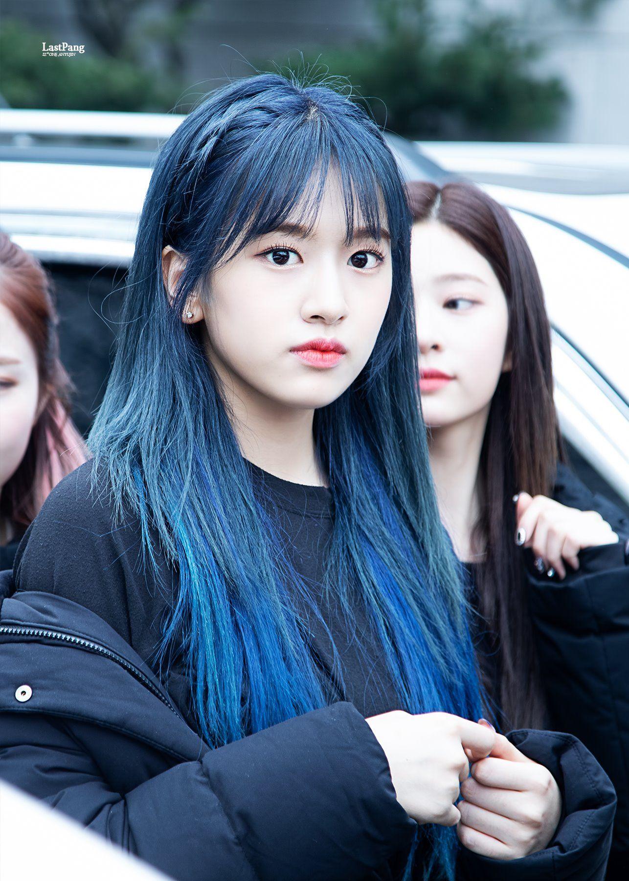 Last Pang On Twitter In 2020 Kpop Girls Blue Hair Korean Celebrities