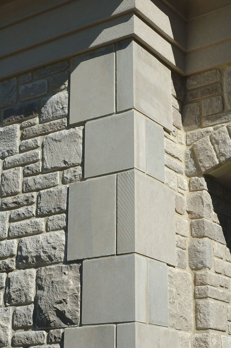 Photos of limestone window accents google search for Brick quoin corners