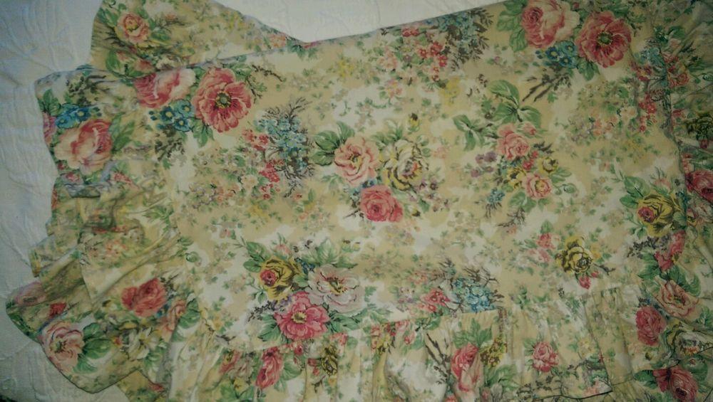 2 Rare Ralph Lauren Brittany Floral Standard Shams Pink