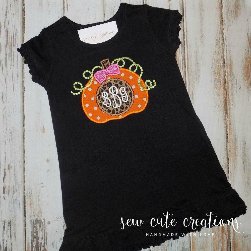 Halloween Pumpkin dress - Pumpkin Patch dress - Pumpkin patch outfit - Fall pumpkin dress - Thanksgiving outfit - sew cute creations #pumpkinpatchoutfit
