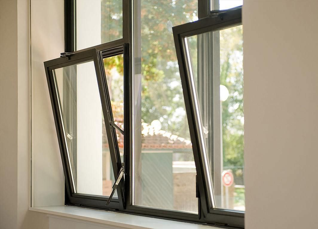 Coloured Modern Aluminium Windows Surrey | Contemporary Windows ...