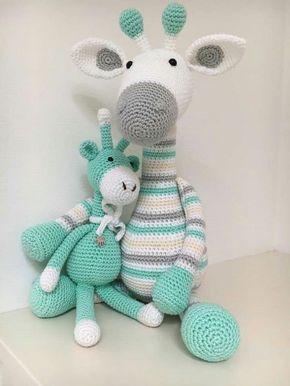 Jirafa patrón de ganchillo amigurumi de Little Bear Crochets | 386x290