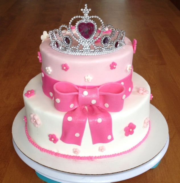 Pretty Pink Princess Crown and Bow Cake Just Becups Pinterest