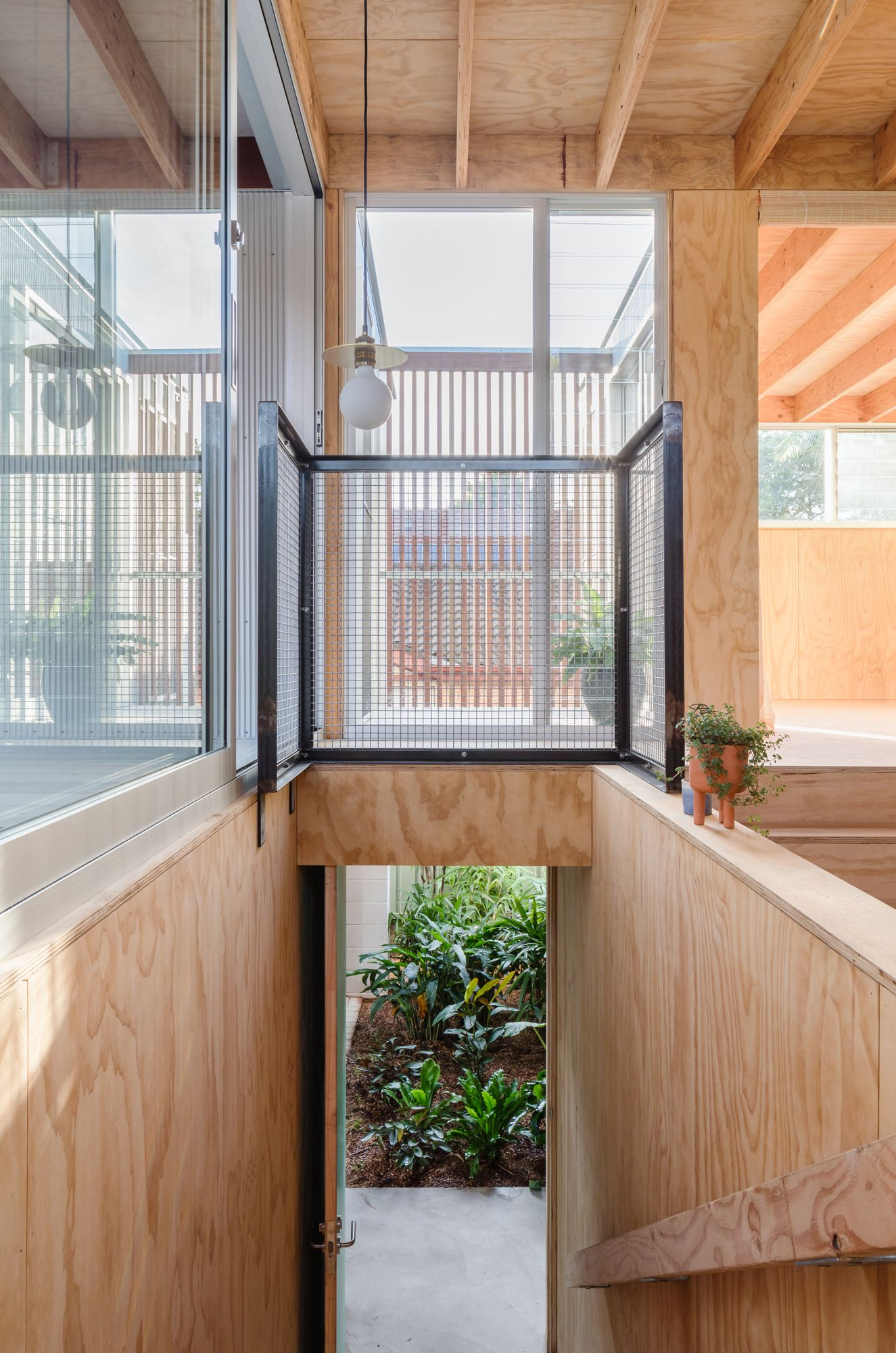 Fleming Street House By Curious Practice Project Feature Newcastle Nsw Australia 11 21 2019 In 2020 Street House House Window Design