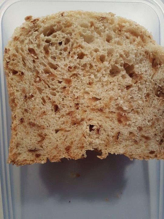 Röstzwiebelbrot für den Brotbackautomaten von Rocco165 | Chefkoch