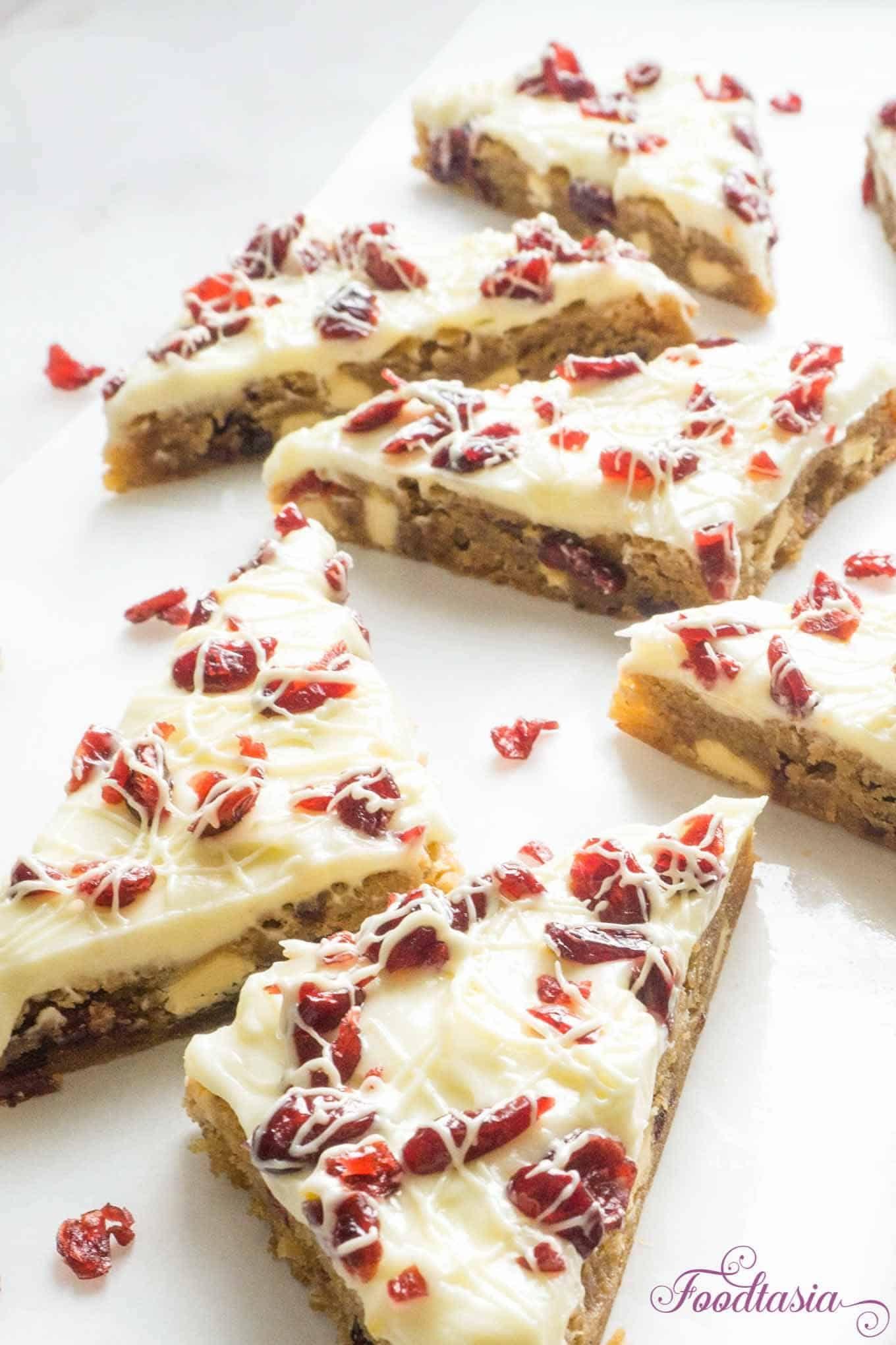 Cranberry Bliss Bars (Starbucks Copycat) | Foodtasia
