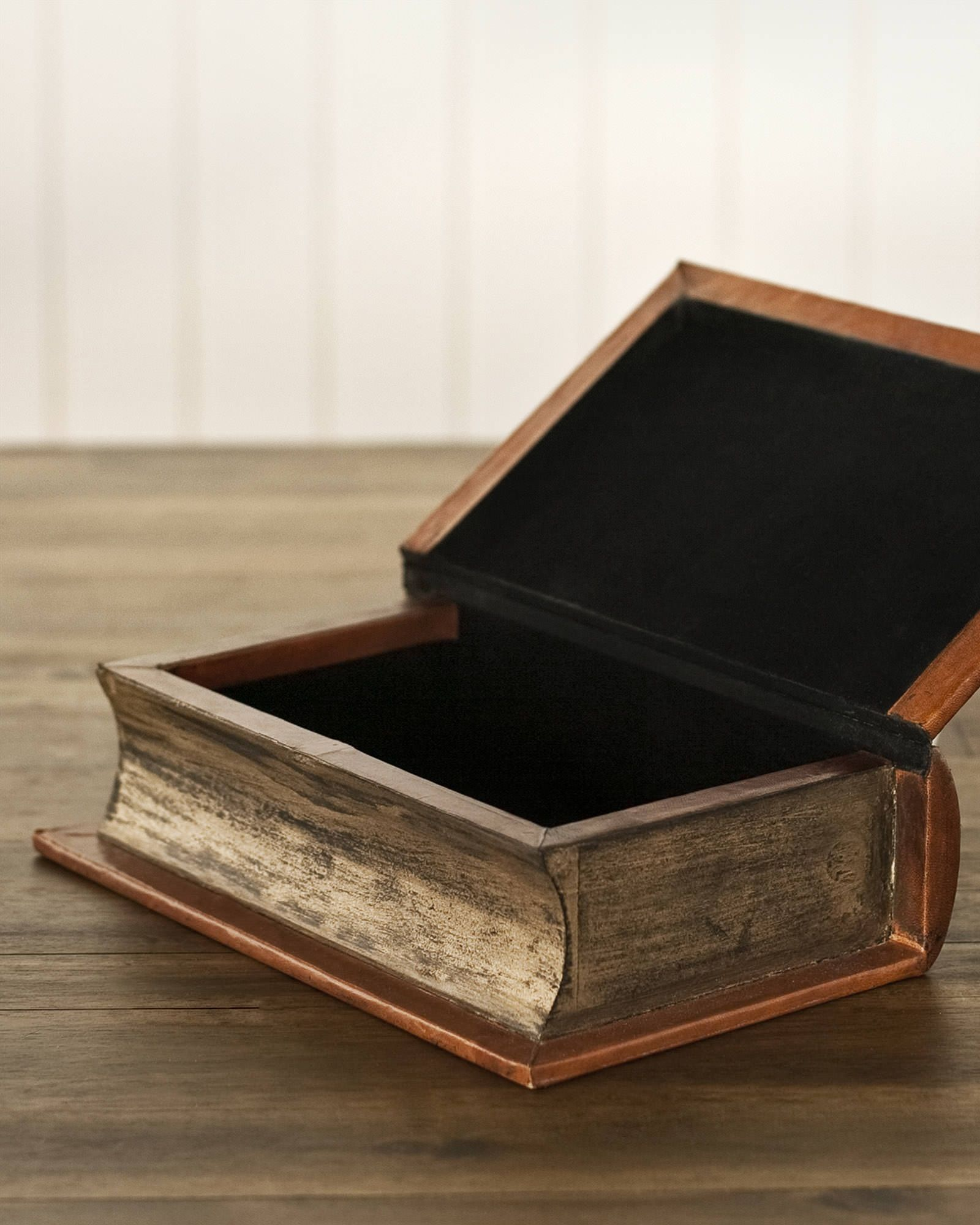 Leather Book Safe Box Brown Balsam Hill Safe Box Leather Books Christmas Collectibles