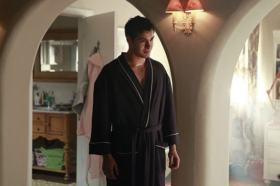 another scene from Paige's dream.... in Episose 14- Charades #TeamScorpion #Waige
