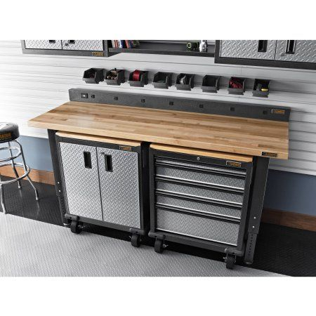 gladiator 6 ft w 9outlet workbench powerstrip gray