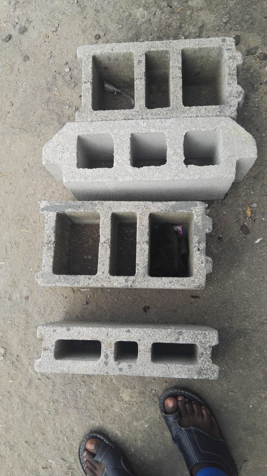 Hourdis Block Design Concrete 3holes Hollow Block In Ivory Coast Concrete Block Walls Concrete Blocks Concrete Design