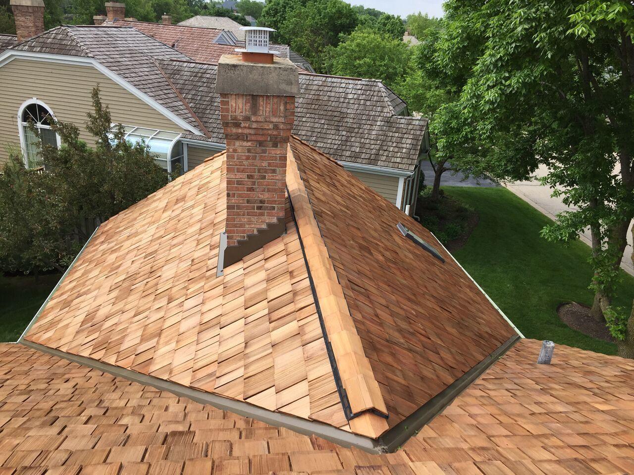 Best Cedar Roofing Installation Cedar Shake Roof Cedar Roof 400 x 300