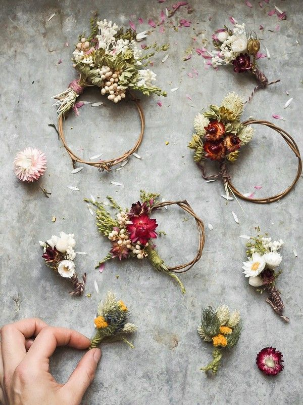 Photo of Botanical Tales dried flower wreaths and workshops – From Britain with Love
