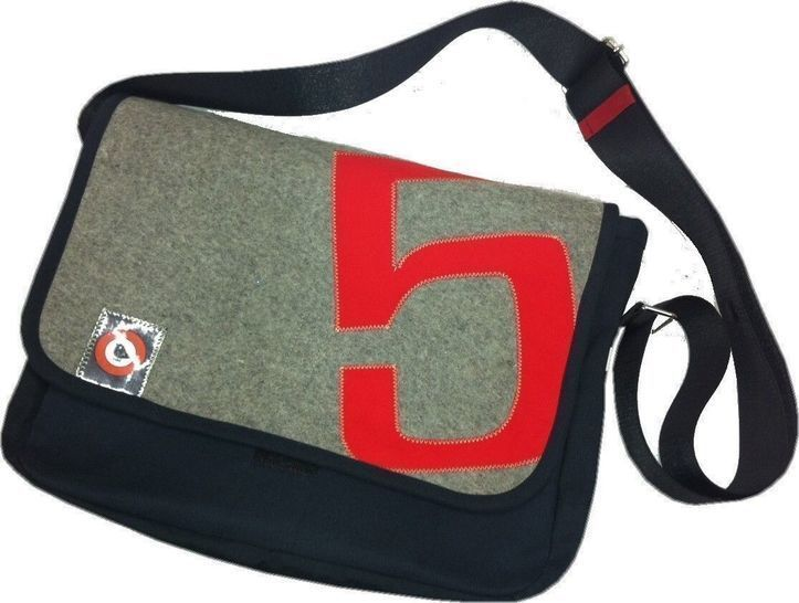 Photo of Sewing instructions and pattern bag G5