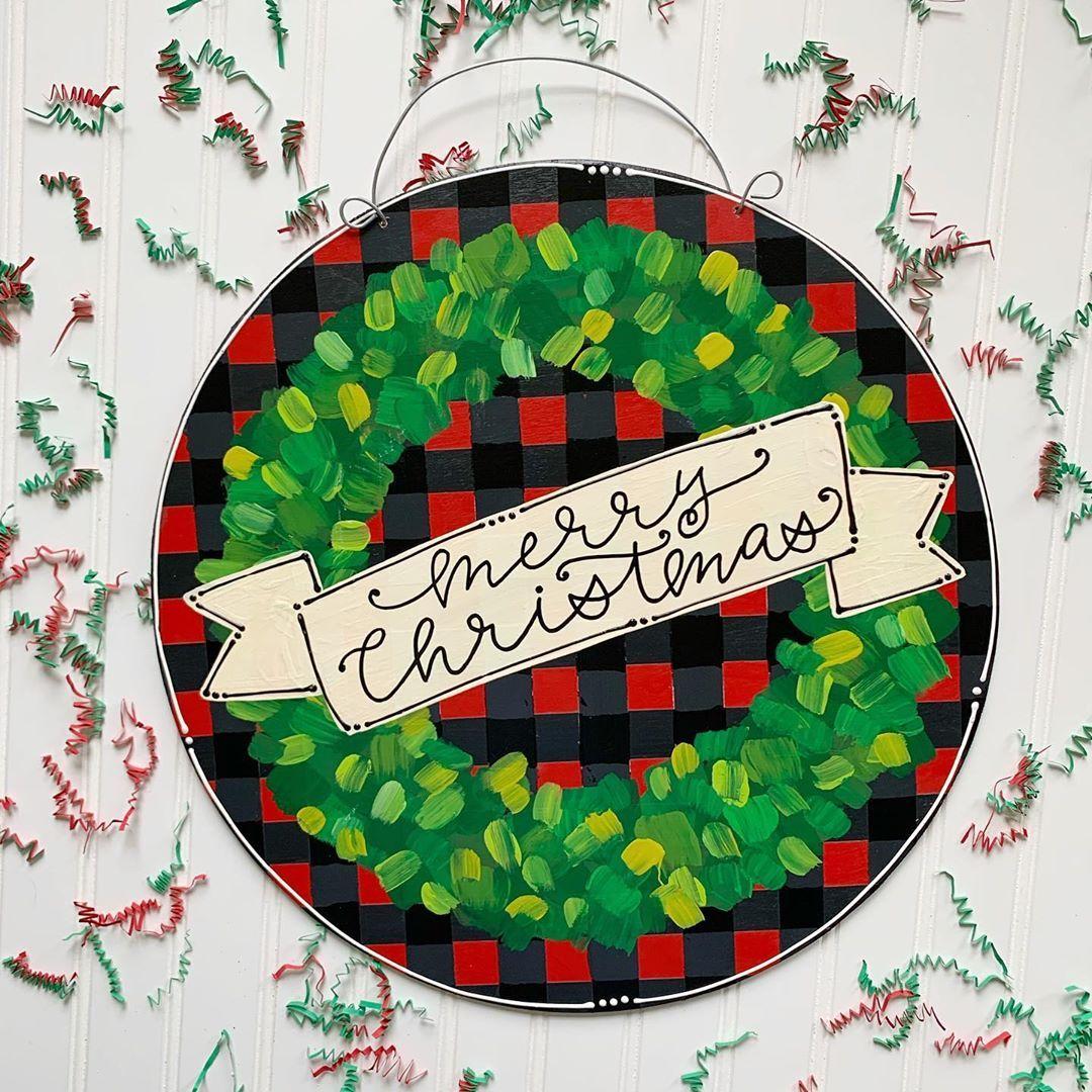 Christmas 2019 door hangers 🎄 Buffalo check boxwood round ...