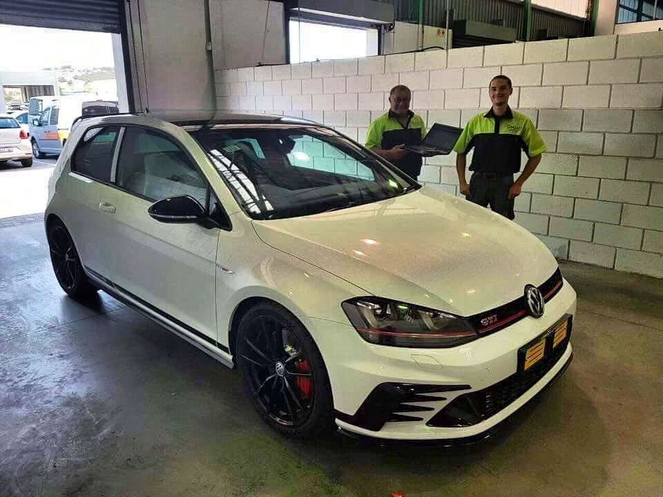 The First Vw Golf Gti Clubsport S Aka Nurburgring Demon Has Arrived In South Africa Exoticspotsa Zero2turbo Southafrica Volkswagen G Gti Mk7 Gti Vw Golf