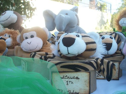 Jungle party favors by Balloons Dream