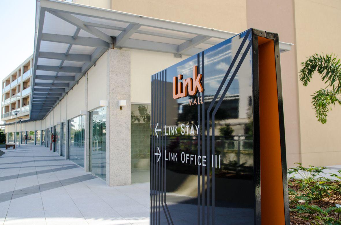 LINK Mall, Office & Stay - Rio de Janeiro - RJ - CLA Programação Visual - Design: Cynthia Araújo / Pedro Paiva - www.clapvisual.com.br - cla@clapvisual.com.br