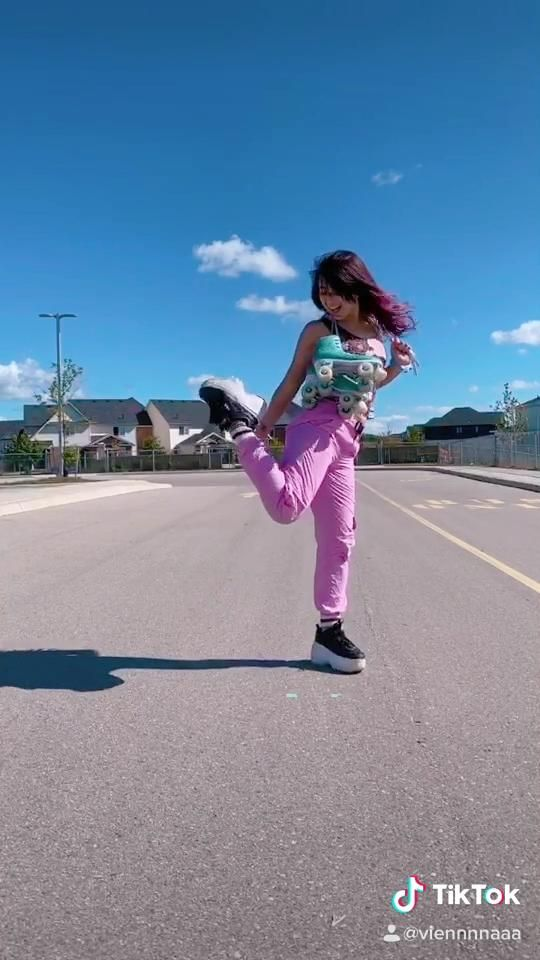 Roller Skating Outfit Change Transition Video Skater Girl Outfits Roller Skate Shoes Outdoor Exercises