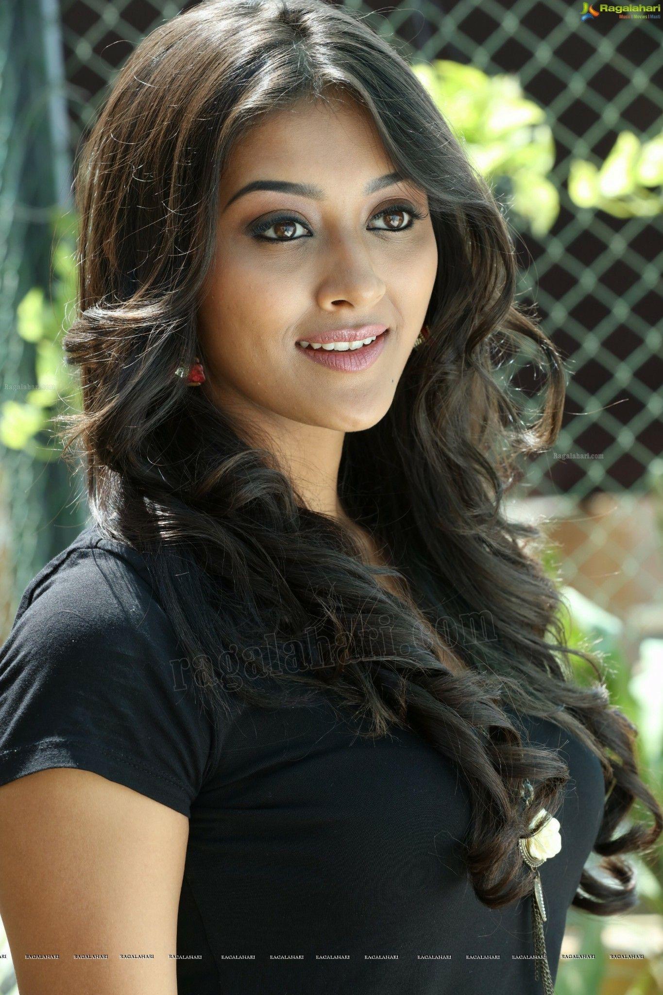Most beautiful indian actress image by keshireddy pradeep